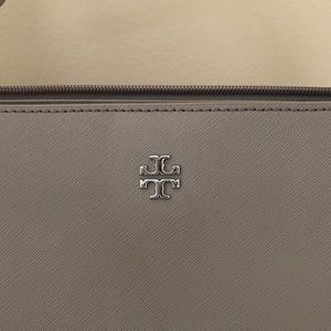 Tory Burch Bags - Tory Burch York/ Emerson tote